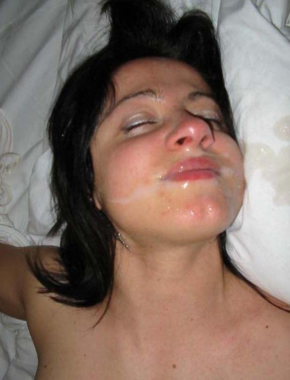 Mund voll mit sperma